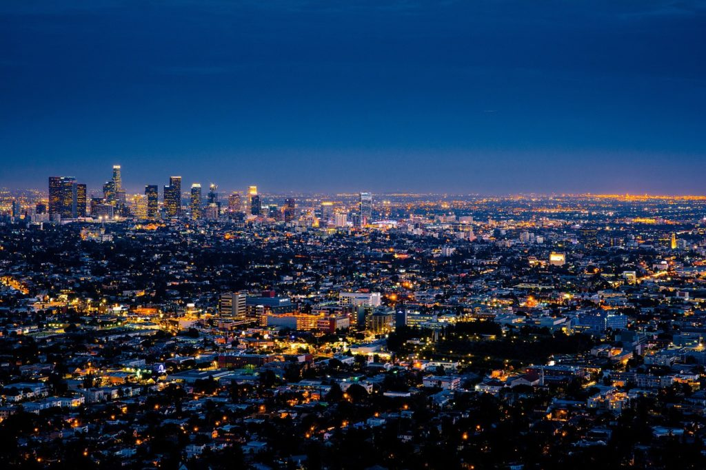 Discover California. Fly Business to Los Angeles for EUR 1,200